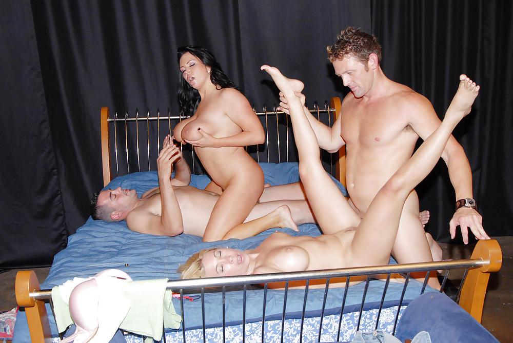 Секс Игры Для Семейной Пары