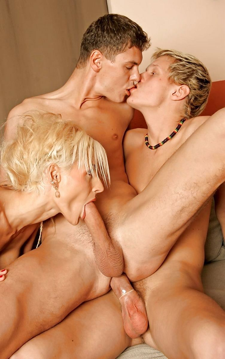 Молодые Би Геи Порно