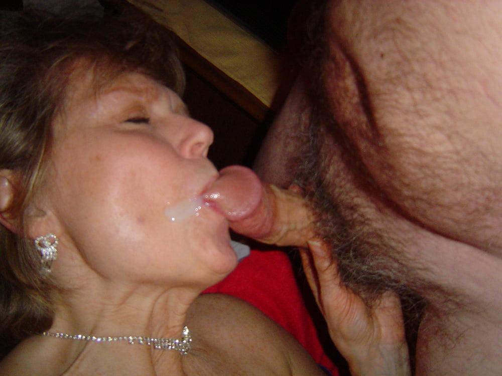 Порно Зрелая Жена Любит Сперму