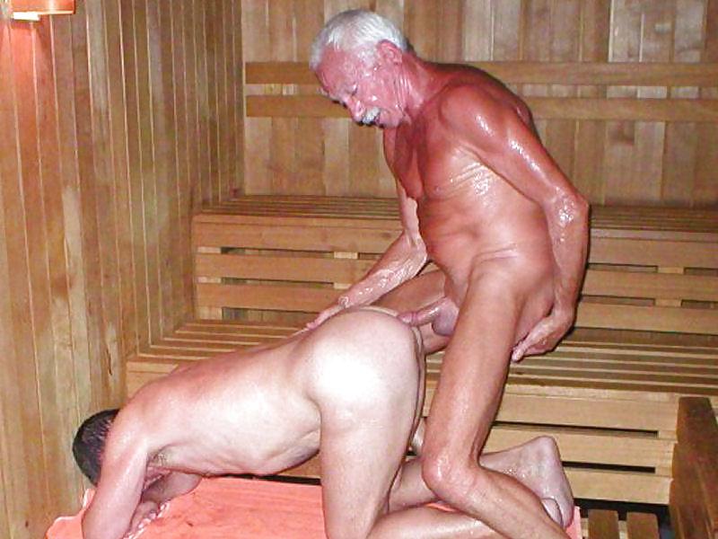 Голые Деды Бабы Моются В Бане
