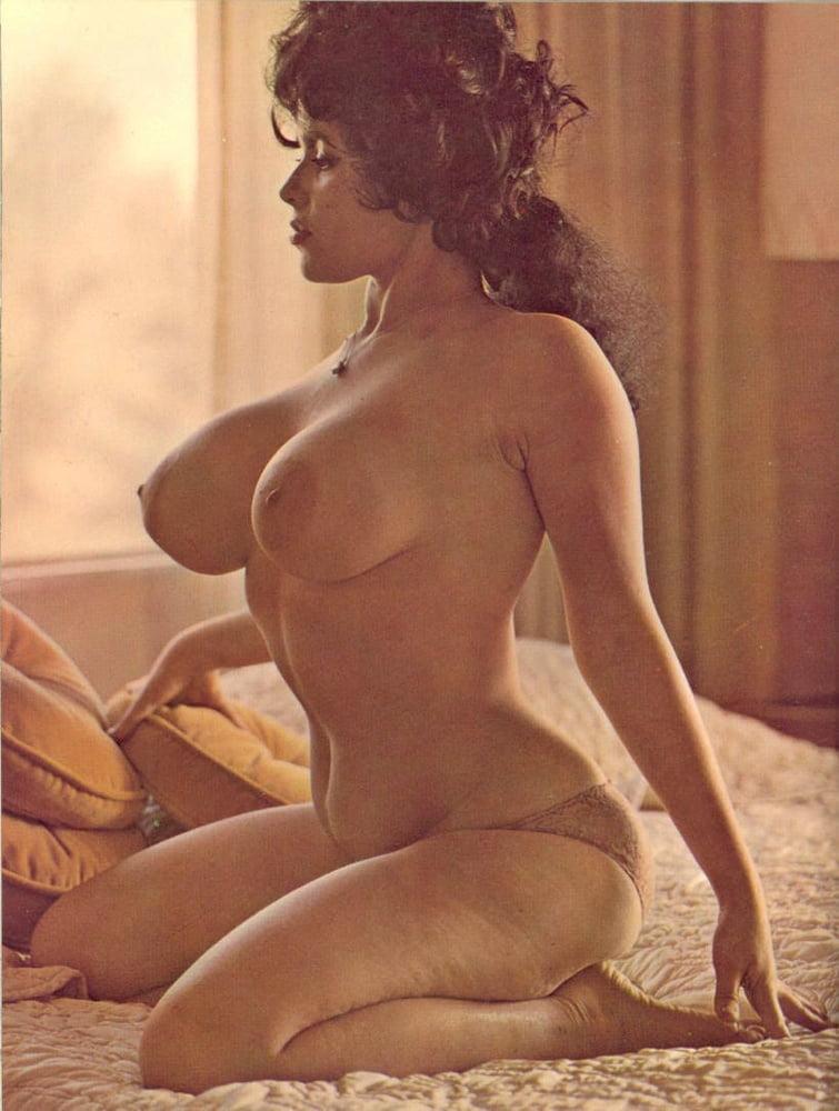 Porn retro big tits-9061