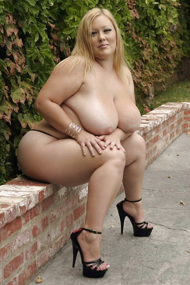 fat-girl-in-heels-naked
