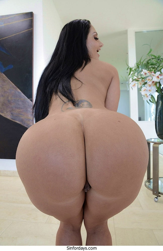 Underated Ass - 11 Pics