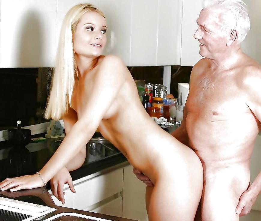 Секс со стариком фото на столе, любительское голые на гулянке видео