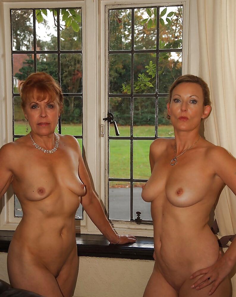 mature-sisters-nude