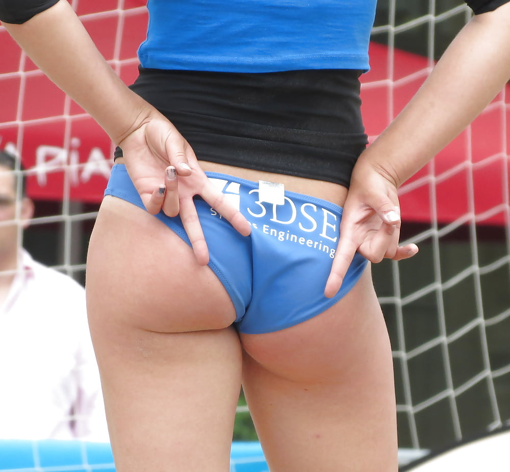 Volleyball Pussy Oops
