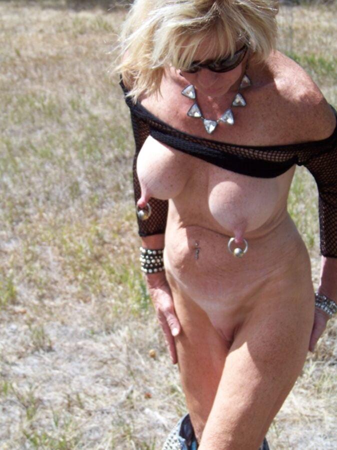 milf-pierced-nipples-gallery-low-girl-fucked