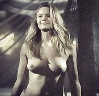 Hot Nude Photos Sexy latina with ass