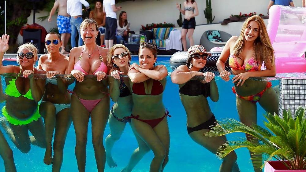wife-pool-party-story-francine-dee-schoolgirl