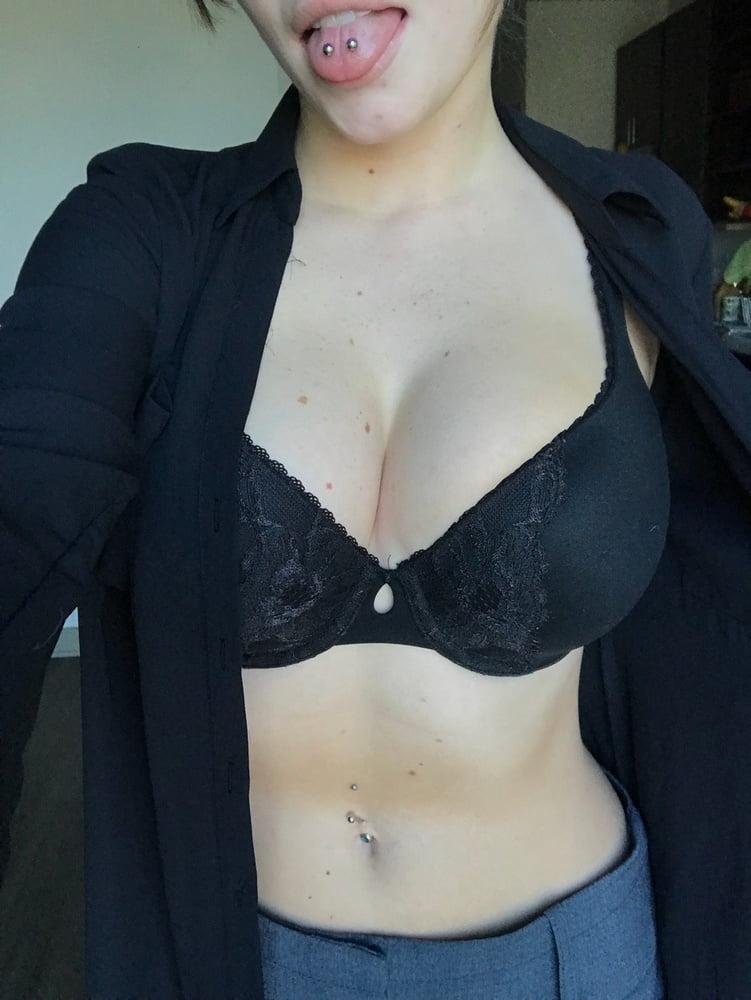 Milf natural tits amateur-5672
