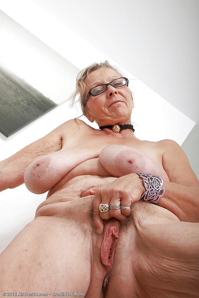 Granny Upshot - 15 Pics  Xhamster-9196