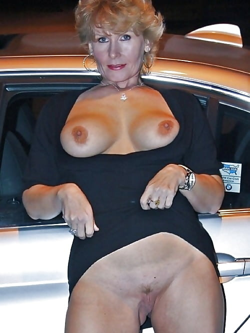 Naked mature gallery-4903