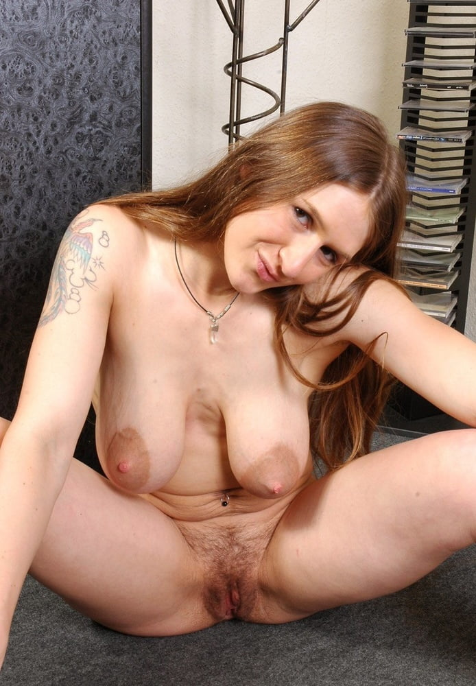 Big Saggy Tits Hairy Pussy