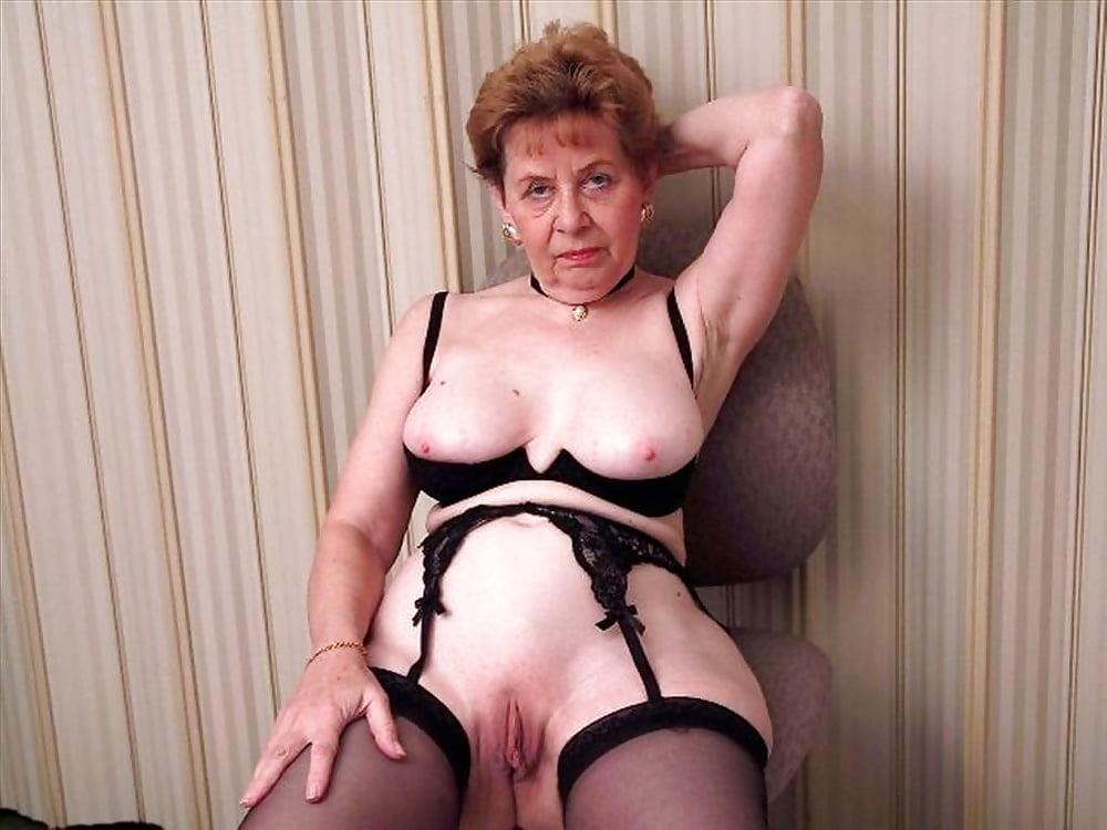 пожилая женщина про эротика - 5