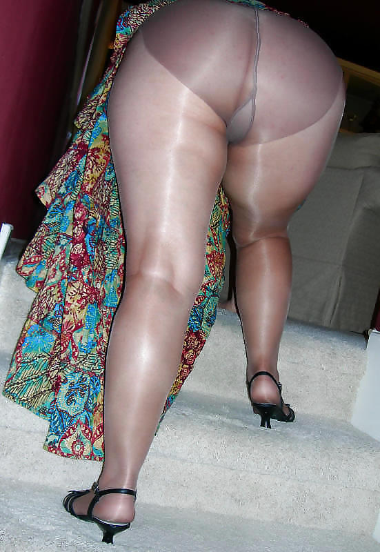 See and save as hot pantyhosed granny ass porn pict