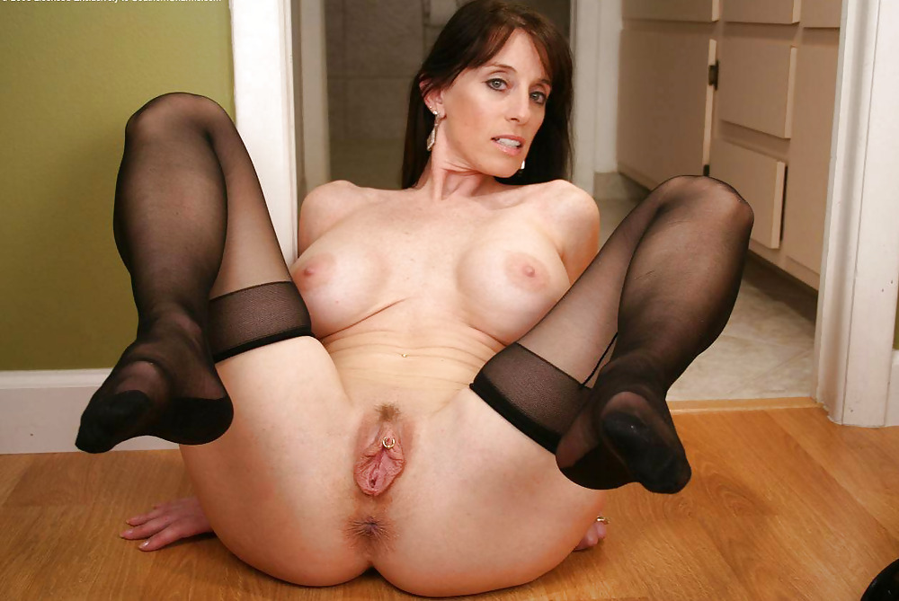 Sexy milf loves young cock