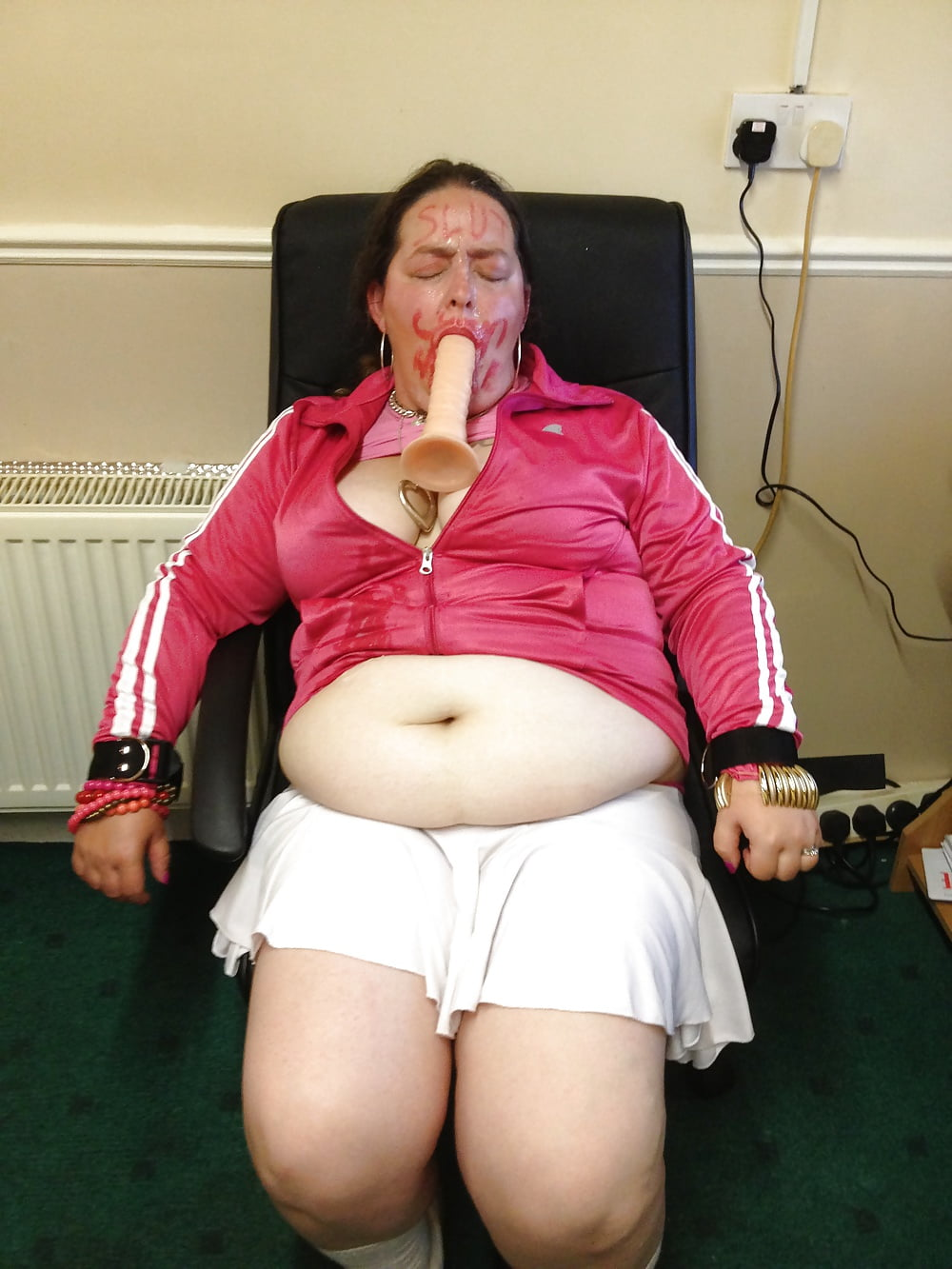 Fat Chav Slut Degraded And Humiliated - 27 Pics - Xhamstercom-2863