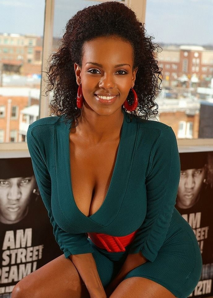 Somali Anal
