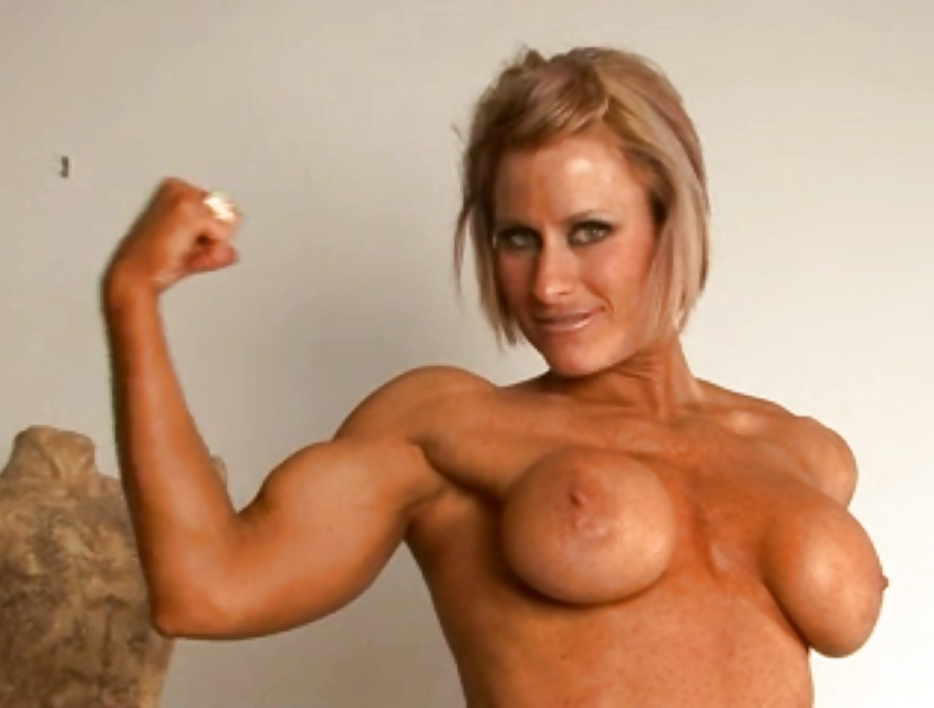 Biceps porn pic girls mud truck