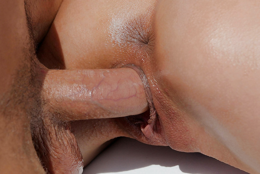 Free slow anal up close
