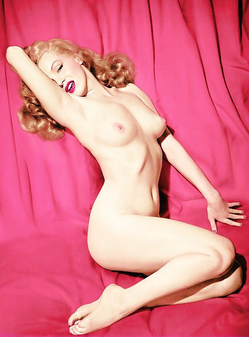 marilyn-monroe-sexy-fuck-naked