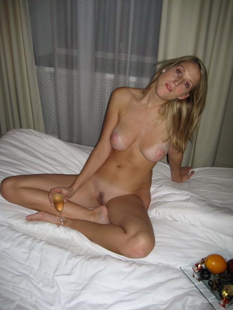 Blonde Southern Wife- 85 Pics