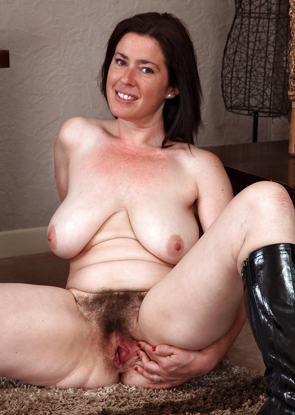 Mature hairy jpegs — img 11