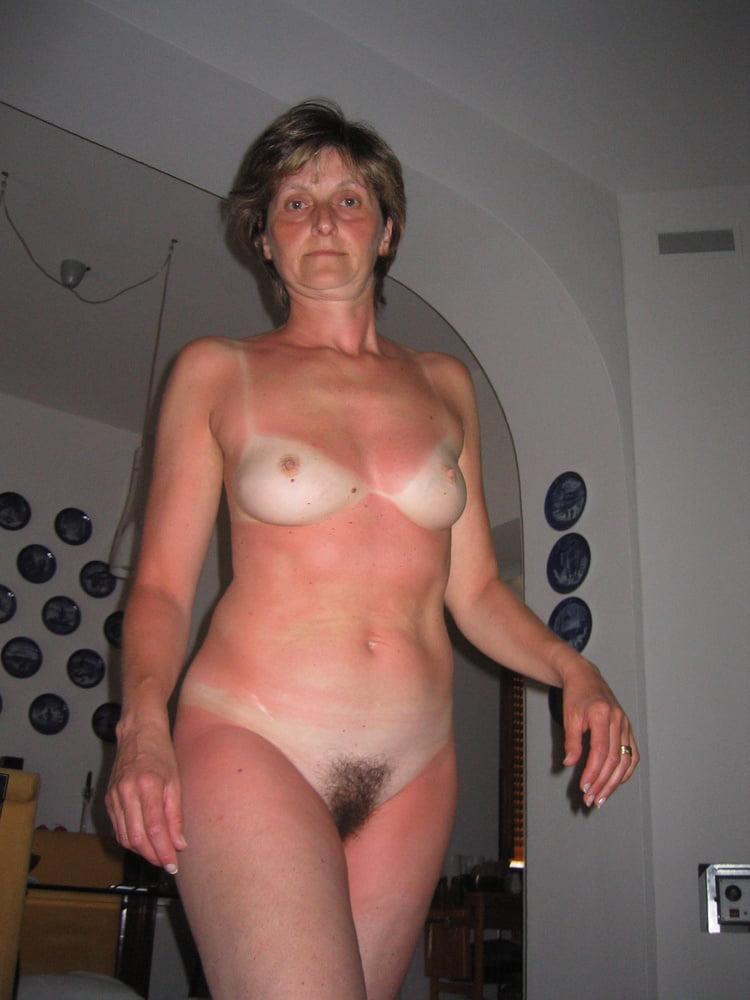 Female fucking female pics