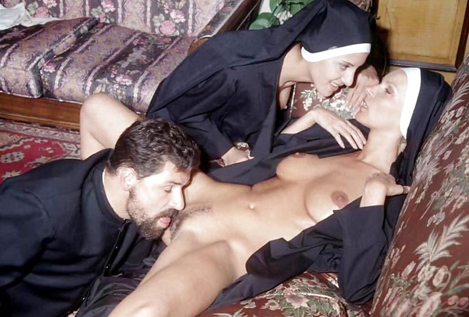 Смотреть порно видео в монашками
