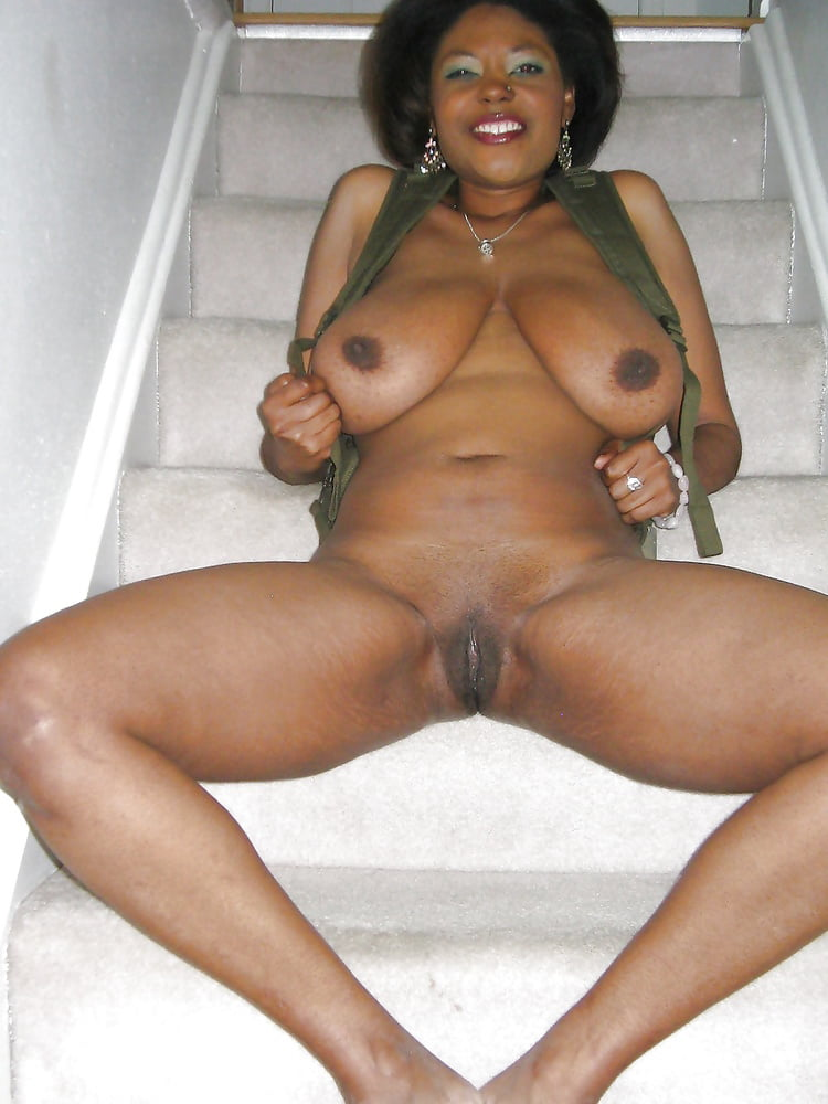 naked-mature-black-milf
