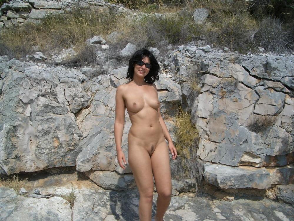 Sexy nude latin women