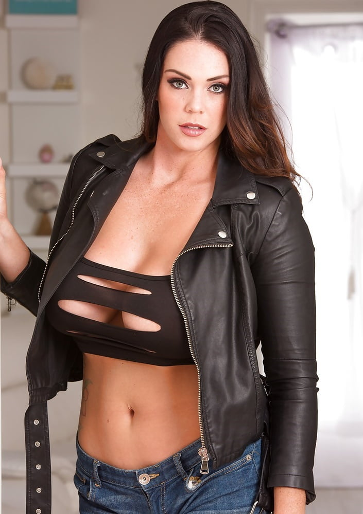 comics-sinhala-sexy-naked-girls-in-leather-jackets-girls-taking