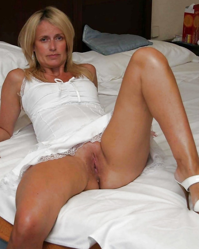 pike-nasty-hot-naked-moms-nude