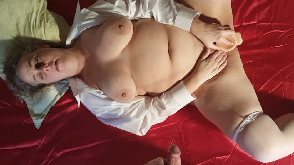 Naked chubby amateur-8803