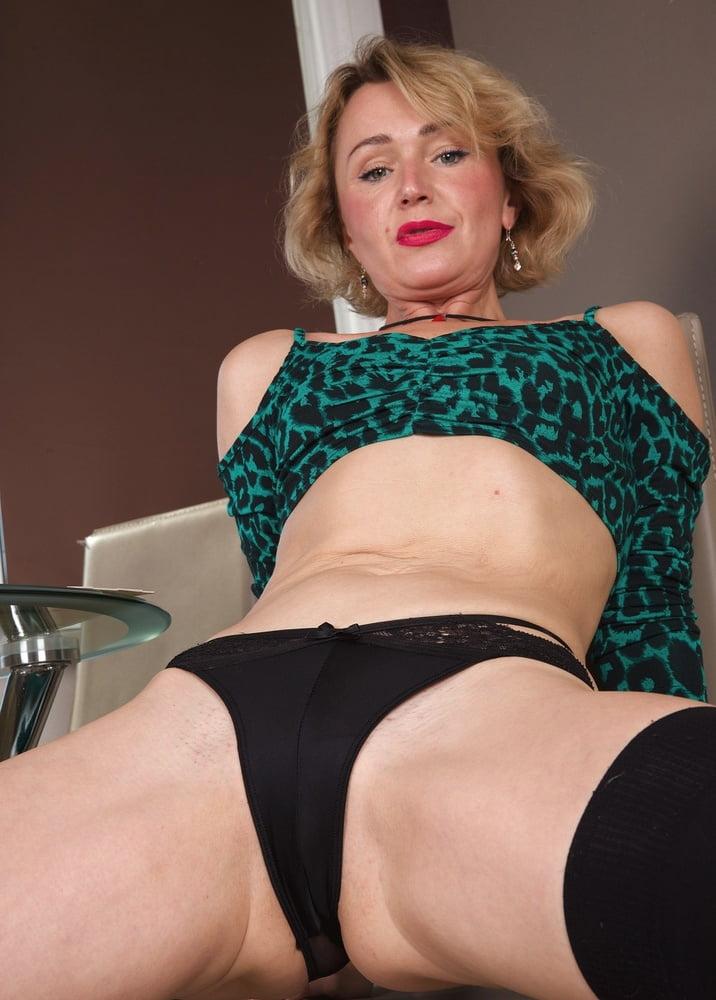 42yo Russian lustful mommy Aleksa 09.14.2020 - Small Tits - 166 Pics