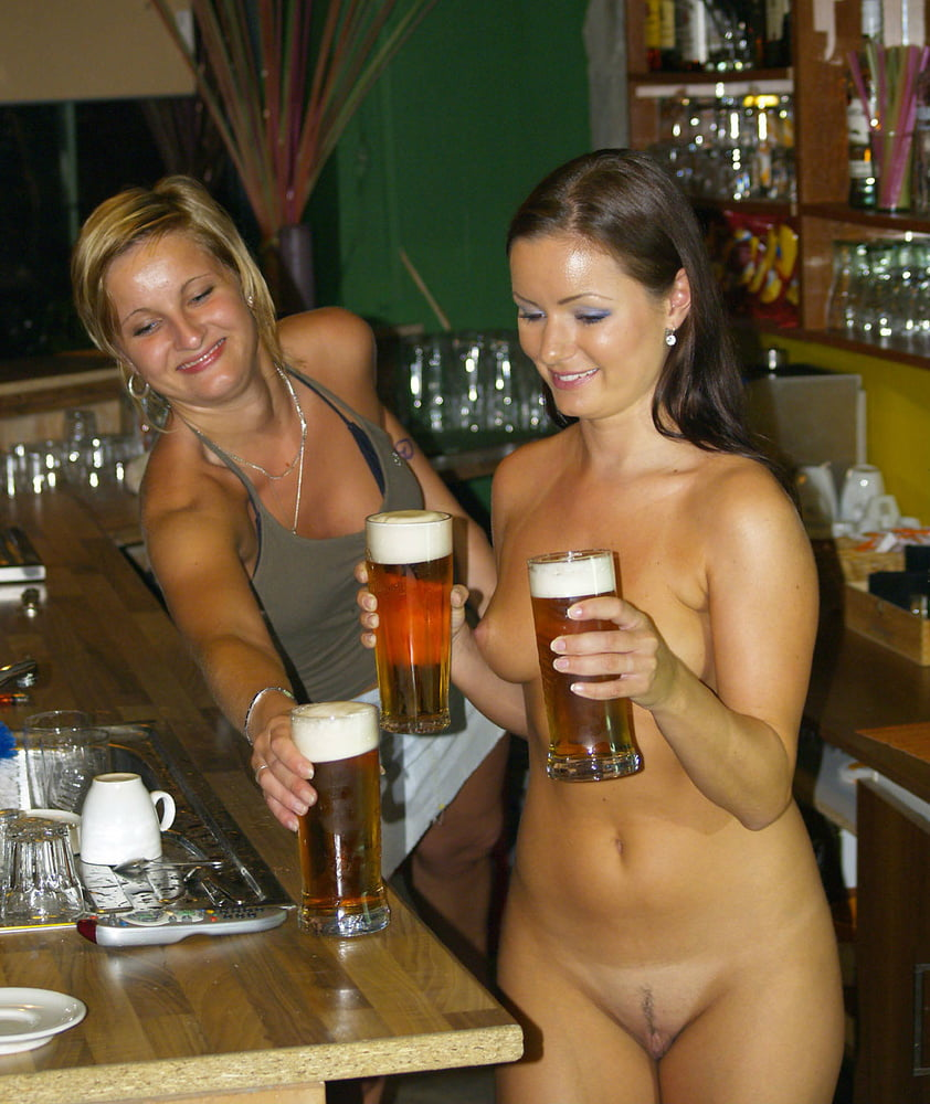 Free tits pics in bars, hot teachers scandal nude