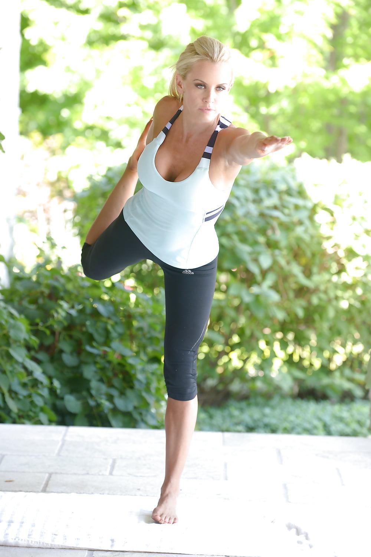 Jenny scordamaglia yoga porn