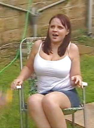 Vicky nackt Binns Nicole