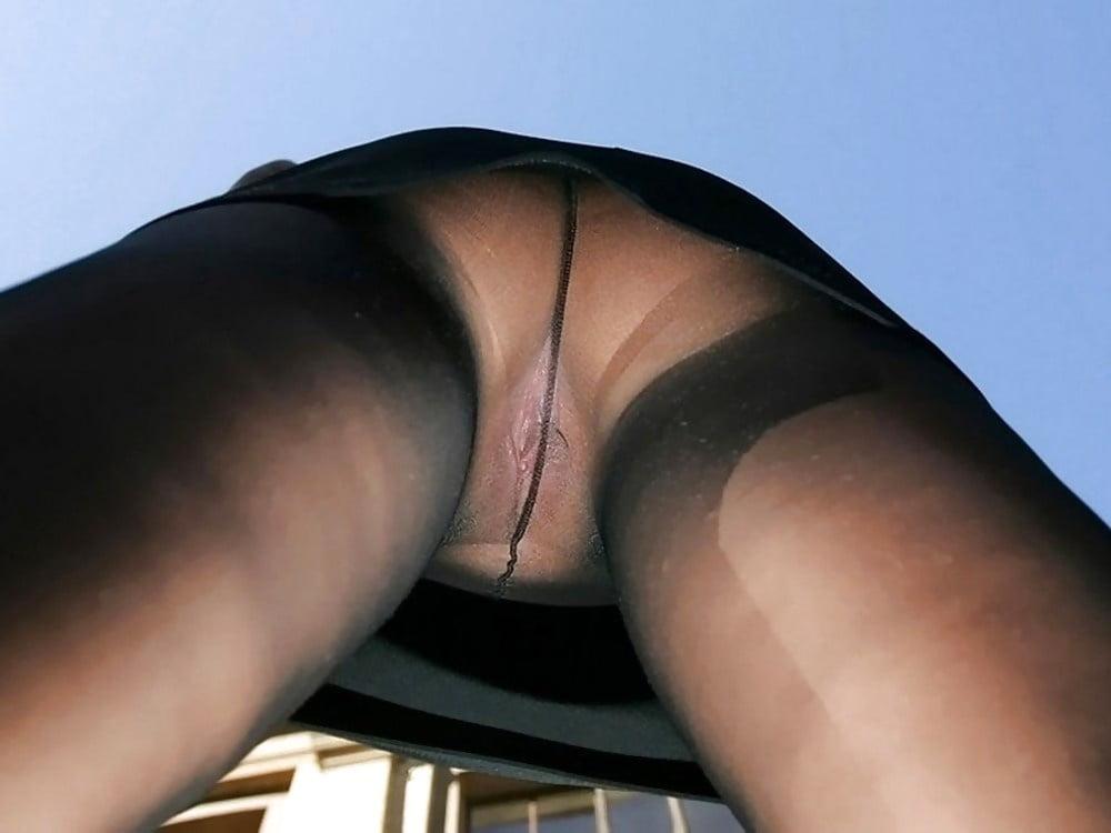 Pantyhose Upskirt Spy Cam
