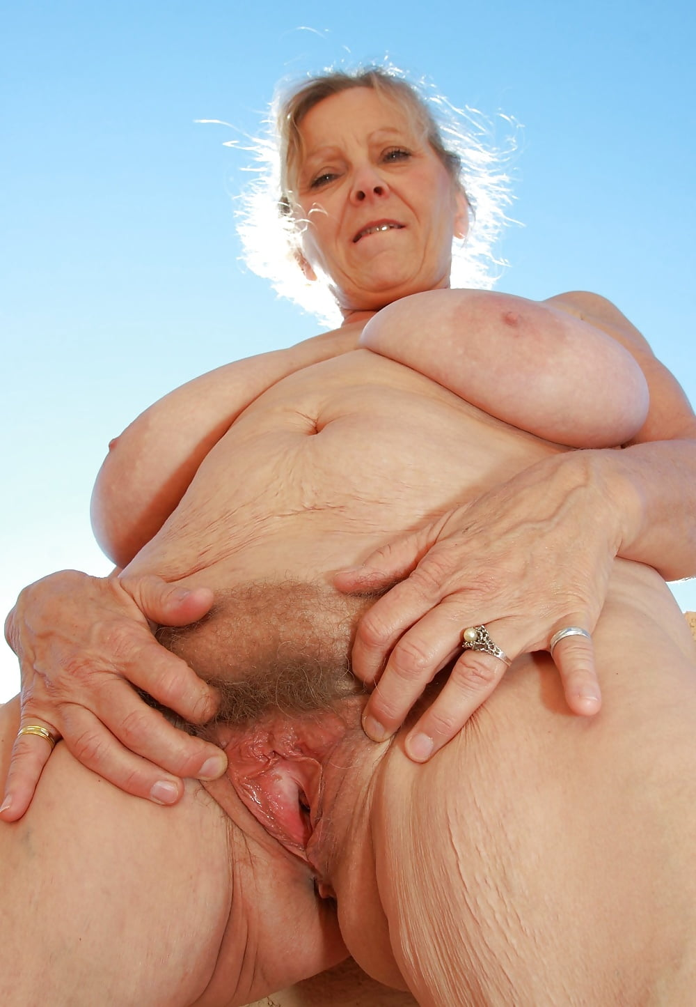 cum-shottures-naked-old-lady-vaginas