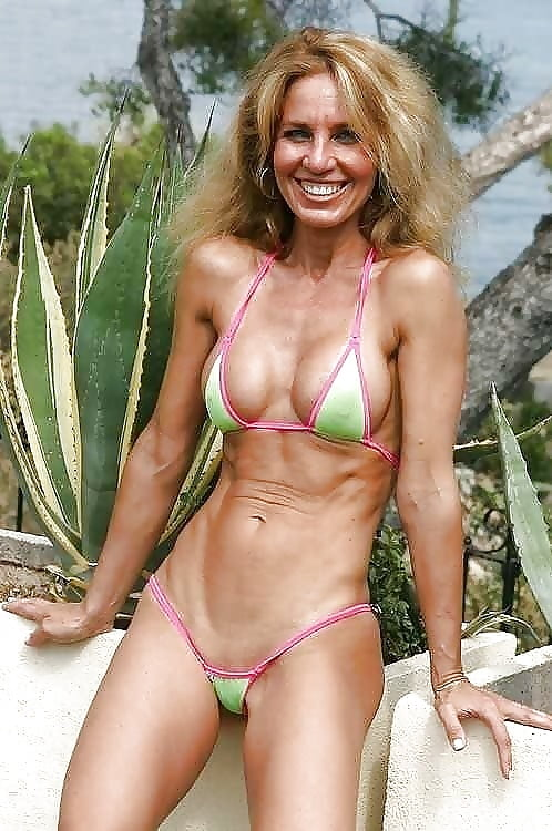 Pictures of mature women in bikinis milf