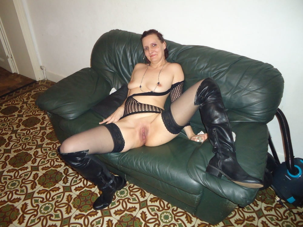 Massaging my wife's feet in pantyhose pictures free amateur milf galleries