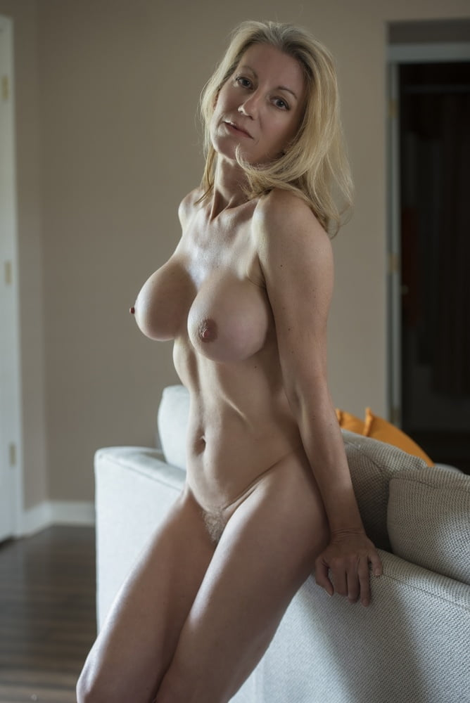 girlcontent-perfect-milf-nude