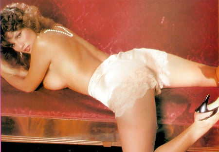 Serena Grandi Hot