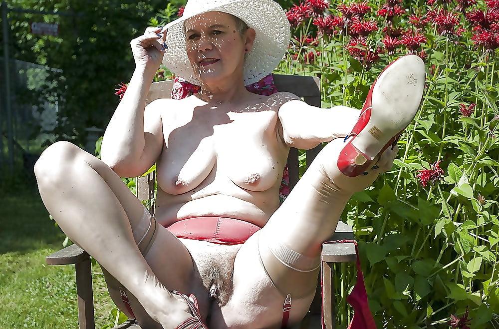 Erotic Granny Sophie