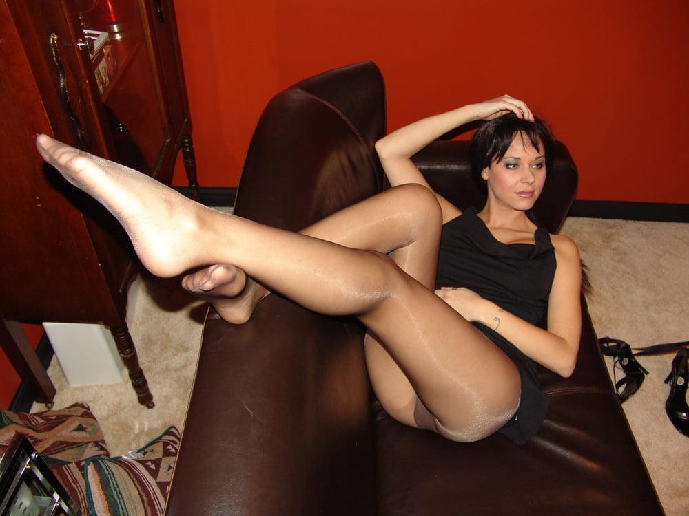 Pantyhose Beauties 22