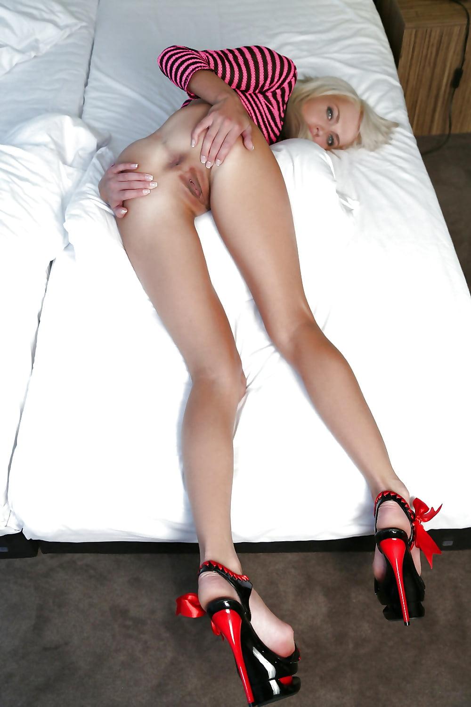 вселенным худенькие девушки раком широко раздвигают ноги фото сделал этих слов