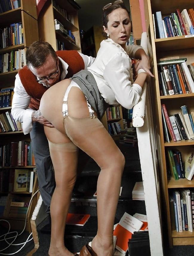 Русские библиотекарши секс, пацан трахнул свою тетю шлюху