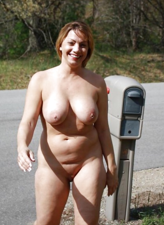 Bikini Chubby Mature Nude Pics Photos