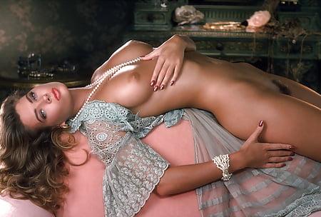 Tanya Beyer  nackt